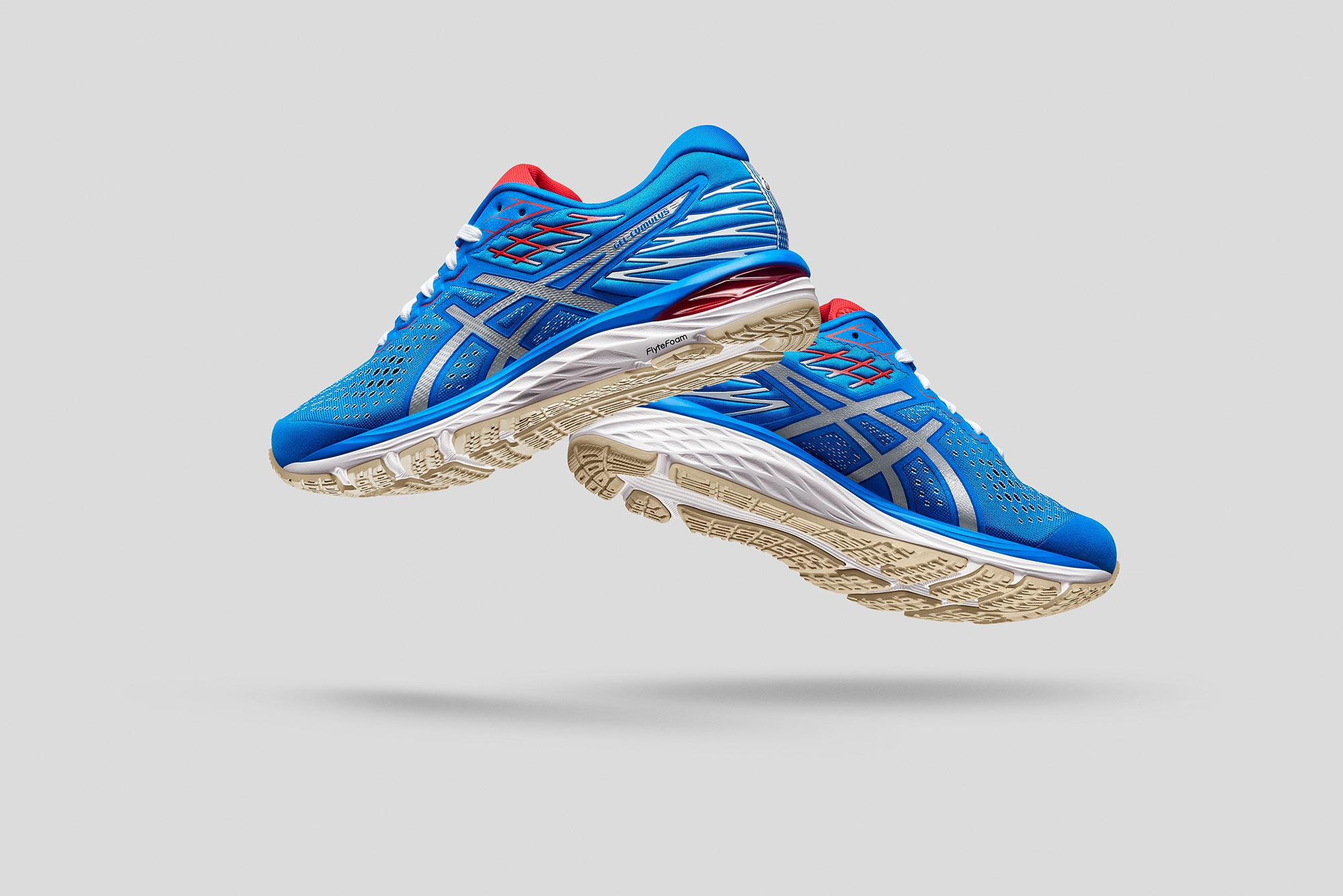 asics gel cumulus 21 running shoes in the new tokyo retro pack colour way captured in studio using a nikon d810 stills camera